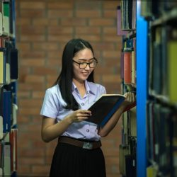 Students experience many barriers to producing quality student research. They may suffer from library anxiety, have a flawed understanding of the process and nature of research, or not understand faculty expectations for the assignment.